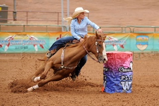 barrel-racing-turning-barrel-1